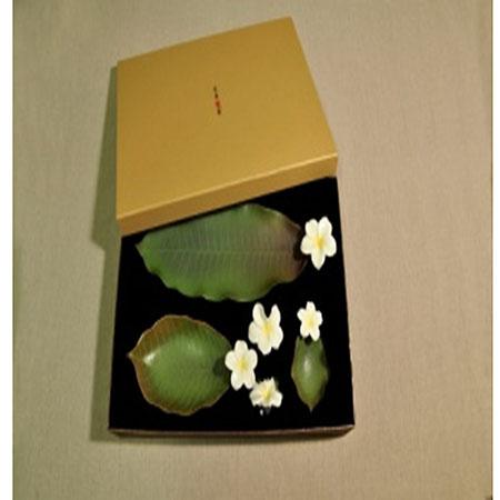 R349花團人圓(緬梔花餐具組)